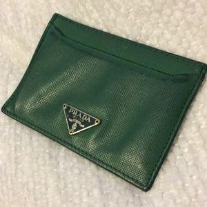 Prada Card Holder 💚
